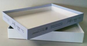 Schöne überzogene Schachtel